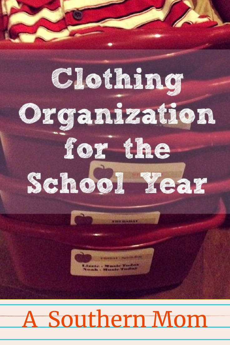 Are you trying to figure out how to organize your kids clothing for back to school? Make your mornings go smoother with this super simple and low cost clothing organization idea! These tips for organizing your kid's school clothes will make a HUGE difference to your school day mornings! #clothingorganization #organizationtips #clothingorganizationwithkids